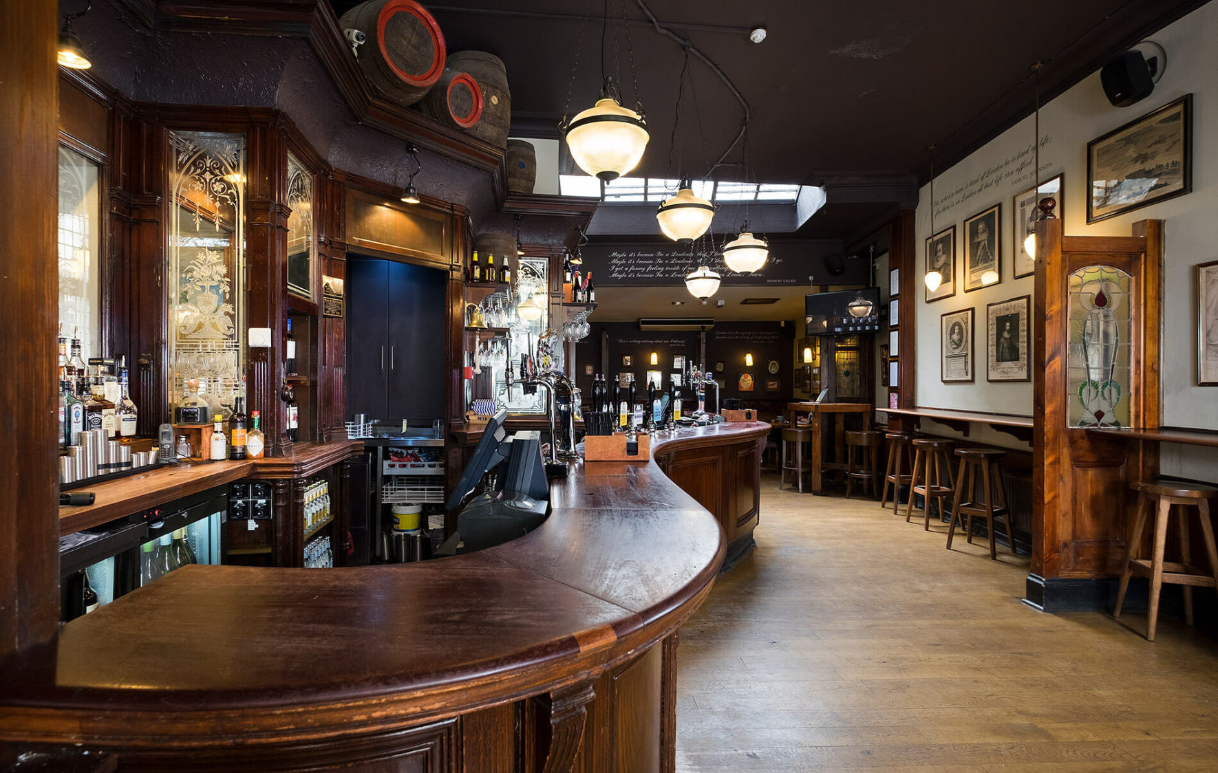 Buckingham Arms Real Ales And Private Hires In Central London